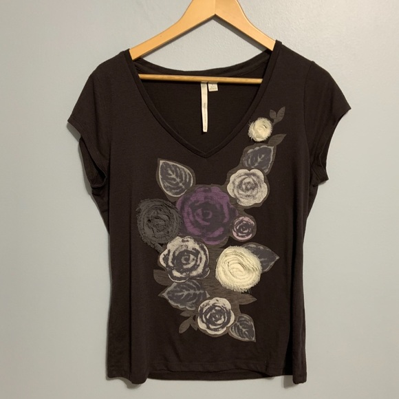 LC Lauren Conrad Tops - 3/$30 -LC -Floral Tee with 3-D Flowers. Large